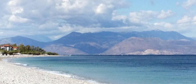 Ακράτα – Ένας ιδανικός συνδυασμός βουνού και θάλασσας